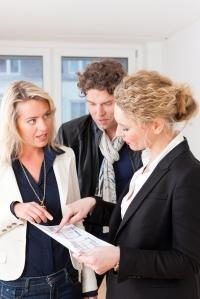 2277994-estate-agents-plans